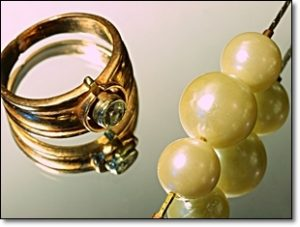 金 真珠 ダイヤ 指輪