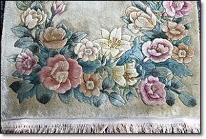 ペルシャ絨毯 花柄