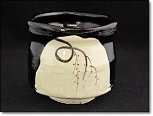 黒織部 茶碗